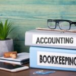4 Reasons to Hire an Online Bookkeeper